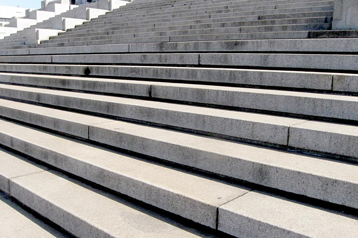how to clean concrete stairs